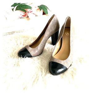 Dressy grey and black comfy medium square heel